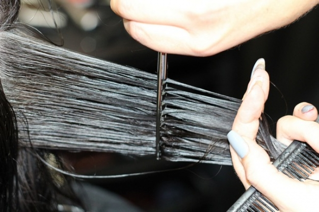 Благоприятные дни стрижки и окраски волос в марте 2020 года