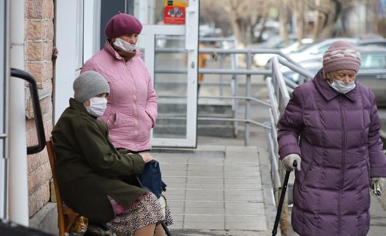 Дополнительную выплату в 2000 рублей получат пенсионеры в августе