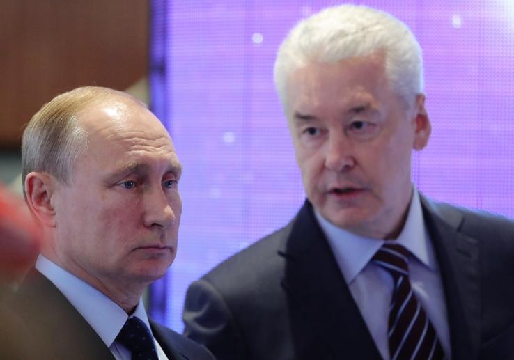 Власти закроют россиян на карантин через две недели?